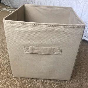 Cubicle storage bin